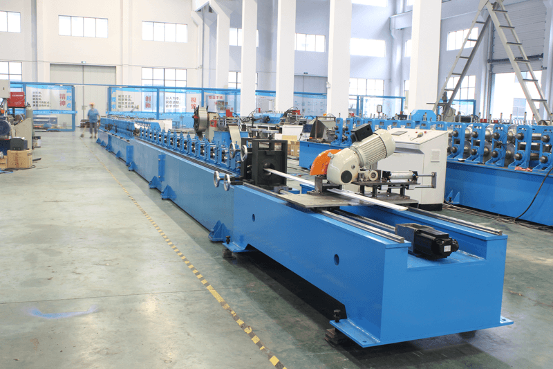 ROLL FORMING MACHINE FOR 44&55ROLLER SHUTTER SLAT