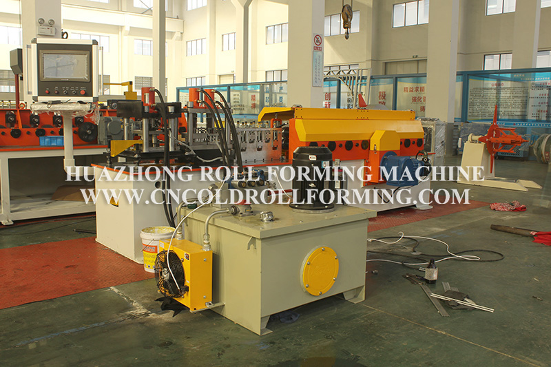 CUSTOMIZED FRAME PULL PLATE ROLL FORMING MACHINE