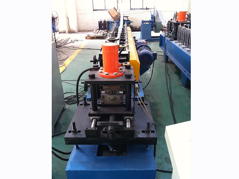 ROLL FORMING MACHINE FOR 2 INCHES TRACK