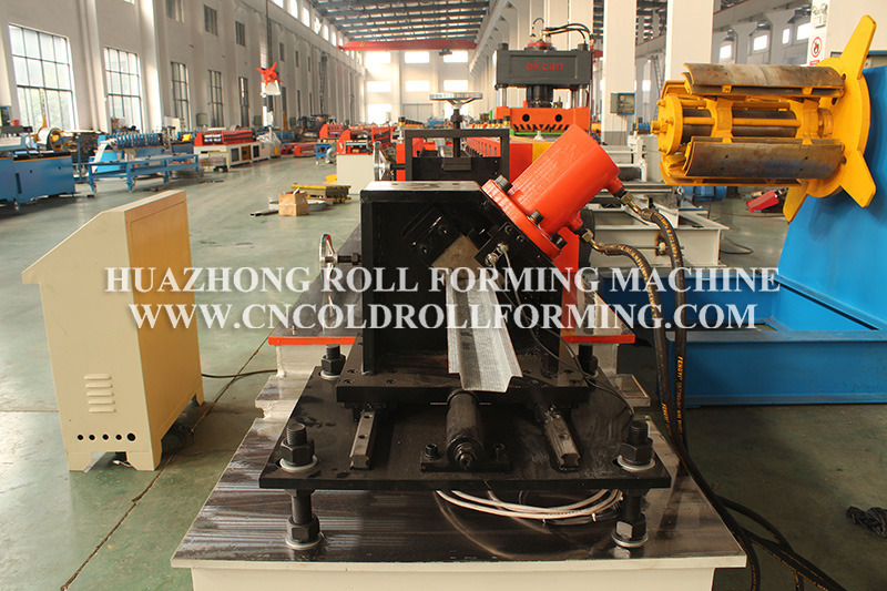 OMEGA PROFILE KEEL ROLL FORMING MACHINE